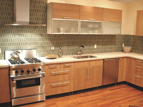 There are many kitchen backsplash designs that you can choose